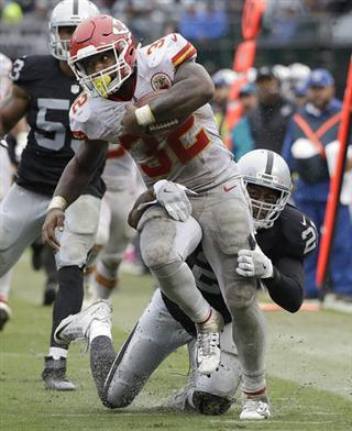 Spencer Ware, Sean Smith