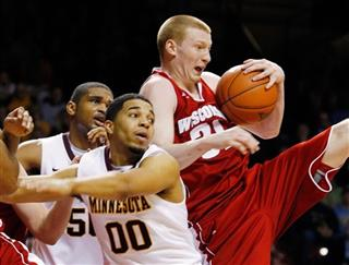 Wisconsin Minnesota Basketball