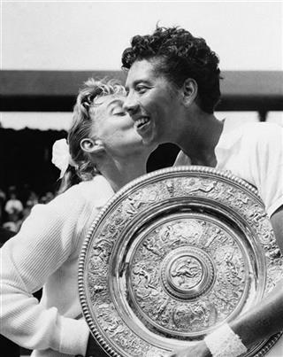 Althea Gibson, Darlene Hard