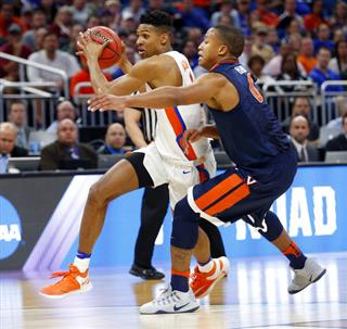 Devon Hall, Devin Robinson