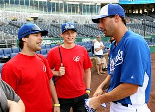 Harry Wischnewski, Josh Grouse, Jeff Francoeur,