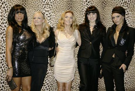 Melanie Brown, Emma Bunton, Geri Halliwell  Melanie Chishlom and Victoria Beckham