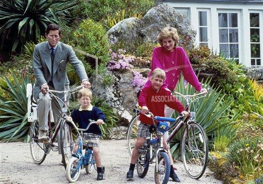 Watchf Associated Press International News   ENGLAND APHS129025 Royal Family Biking