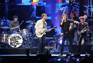 Patrick Carney, Dan Auerbach, Mick Jagger, Ronnie Wood, Keith Richards, Charlie Watts