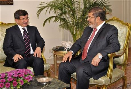Mohammed Morsi, Ahmet Davutoglu