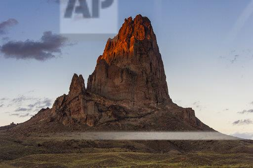 USA, Arizona, Monument valley, rock formation in the evening light