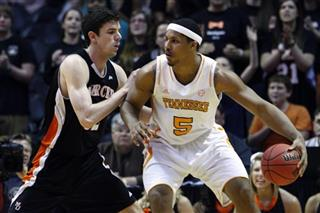Jarnell Stokes, Daniel Coursey