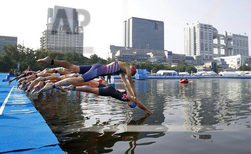 Triathlon: World mixed relay series