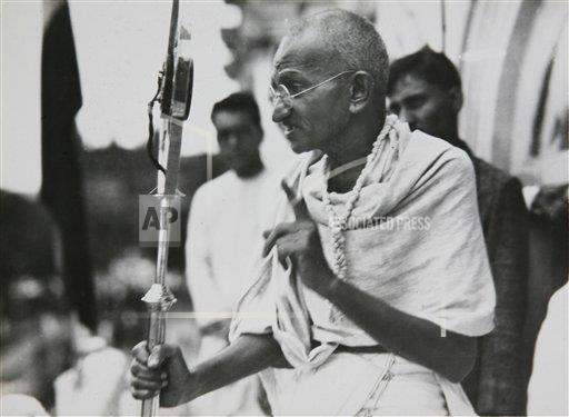 a review of the influence and non violent movement of gandhi Henry david thoreau was also an influence on both gandhi and king  a  review of the essential themes in dr king's philosophy of non-violence reveals  the gandhian  like gandhi, he emphasized that non-violent resistance  opposes evil.