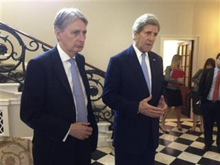 John Kerry, Philip Hammond