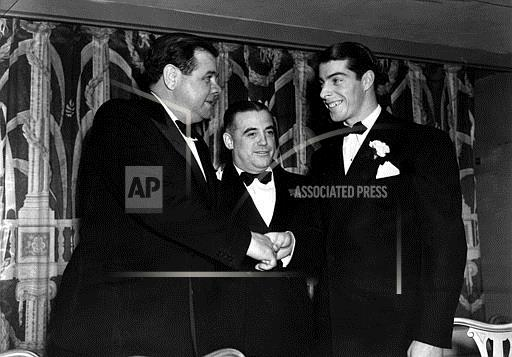 Associated Press Sports New York United States Professional Baseball (American League) RUTH DIMAGGIO FIRST MEETING