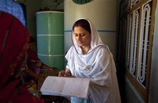 APTOPIX Pakistan Women Voters