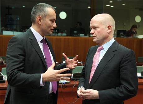 Nikolay Mladenov, William Hague