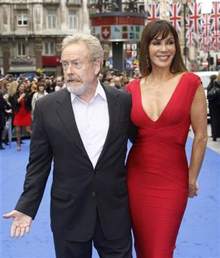 Sir Ridley Scott, Gianina Facio