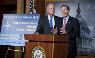 Jerry Moran, Richard Blumenthal