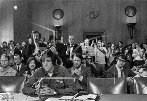 Watchf AP A  DC USA APHS454830 John Kerry