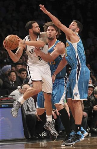 Robin Lopez, Greivis Vasquez, Deron Williams