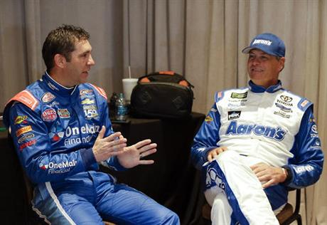 Elliott Sadler, Michael Waltrip