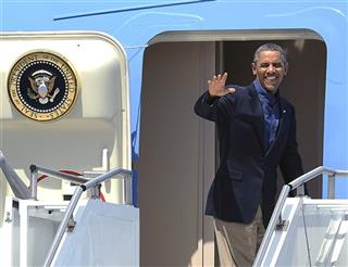Barack Obama departs Palm Springs International Airport