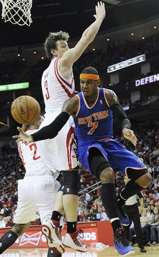 Carmelo Anthony, Omer Asik