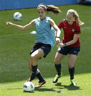 Alex Morgan, Whitney Engen