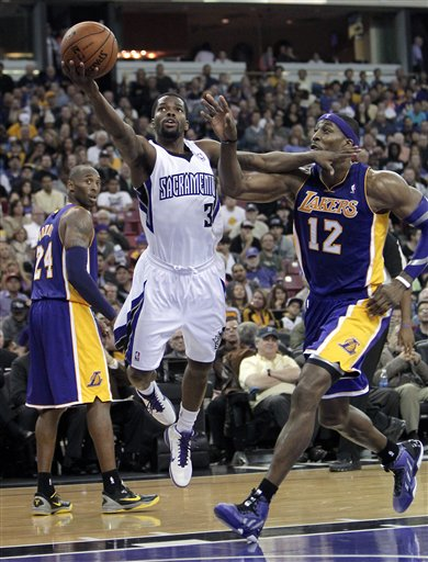Kobe Bryant, Aaron Brooks, Dwight Howard
