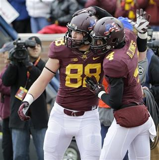 Maxx Williams, Donovahn Jones