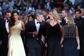 Amal Clooney, George Clooney, Julia Roberts and director Jodie Foster