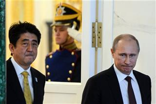Vladimir Putin, Shinzo Abe