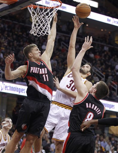 Meyers Leonard, Omri Casspi, Luke Babbitt