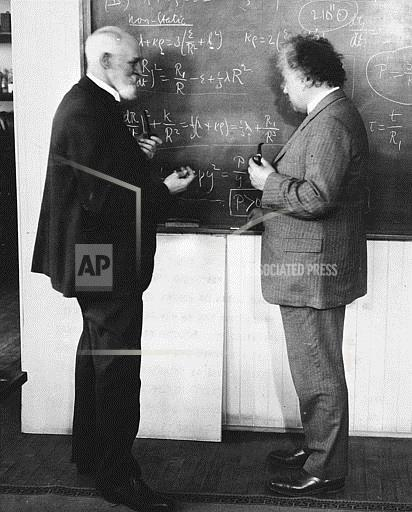 Associated Press Domestic News California United States Domestic EINSTEIN AND DE SITTER