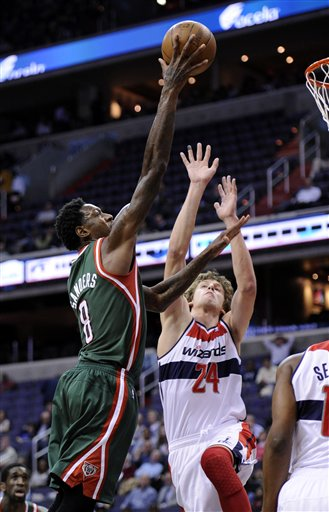 Larry Sanders, Jan Vesely