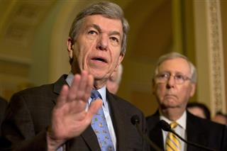 Roy Blunt, Mitch McConnell