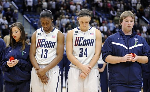 Oakland UConn Basketball School Shooting