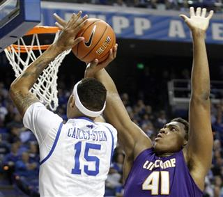 Willie Cauley-Stein, Stephen Hurt