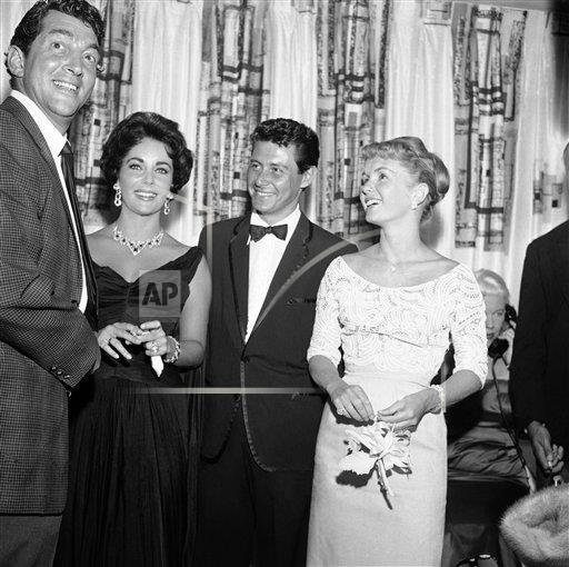 Watchf Associated Press Domestic News Entertainment Nevada United States APHS227212 Eddie Fisher with Taylor and Reynolds 1958