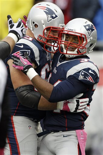 Shane Vereen, Dan Connolly