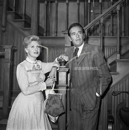Watchf Associated Press Domestic News Entertainment California United States APHS141747 Joanne Woodward and Henry Fonda 1965