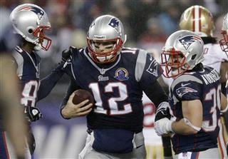 Tom Brady, Danny Woodhead, Brandon Lloyd