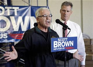 Scott Brown, Carl Gentile