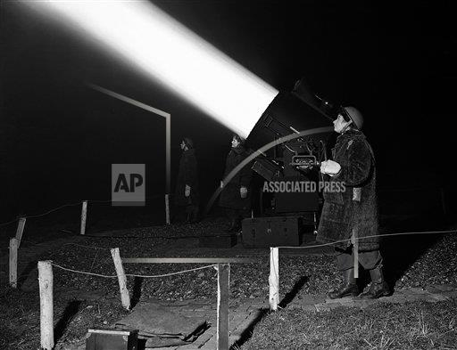 Watchf AP I   XEN APHSL23894 WWII London Searchlight Crew