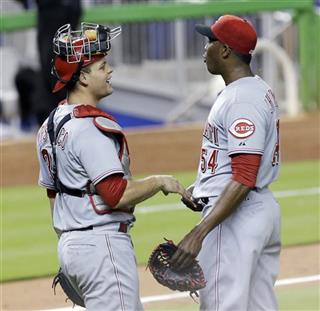 Devin Mesoraco, Aroldis Chapman