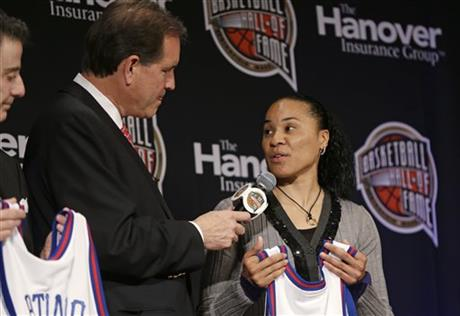 Time olympic gold medalist dawn staley talks with cbs announcer jim