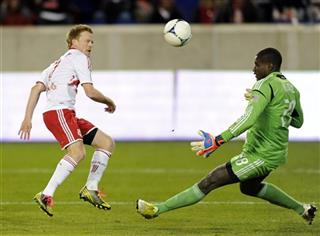 Dax McCarty, Bill Hamid
