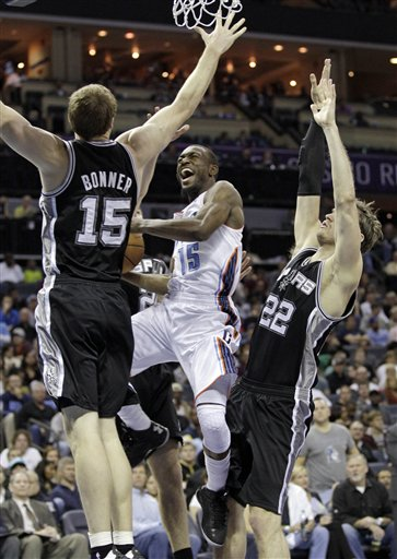 Kemba Walker, Tiago Splitter, Matt Bonner