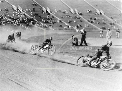 Watchf AP S MOT CA USA APHS461863 Motorcycle Race
