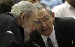 Fidel Castro, Raul Castro