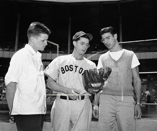 Watchf Associated Press Sports Professional Baseball (American League) New York United States APHS228444 Dom DiMaggio And SF Players 1946