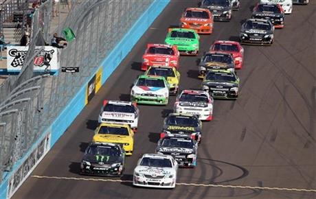 Auto Racing  Demographics on Nascar Phoenix Nationwide Auto Racing