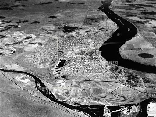 Watchf AP A  WA USA APHS390562 Hanford Atomic Plant